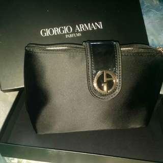 ⤵ giorgio armani pouch