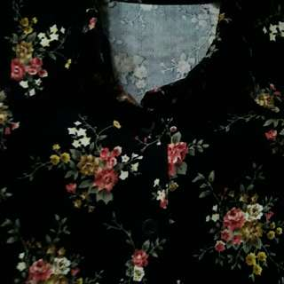 Black with floral design polo longsleevez