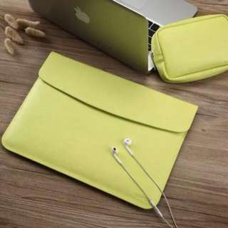 SLEEVES WITH POUCH FOR MACBOOK LAPTOPS