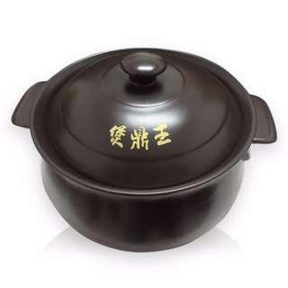陶瓷鍋 奈米陶瓷鍋 煲鼎王奈米陶瓷鍋  通過SGS檢驗合格 水質活化、湯頭更濃郁甘甜 油切效能、分解油質  不易沾鍋、易清洗  可直火、可碳燒
