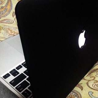 MATTE BLACK MACBOOK CASE