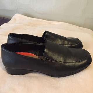 Black Leather Hospitality shoes