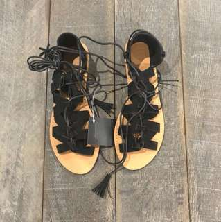 LACE UP RUBI SANDALS | Size 38 (8)