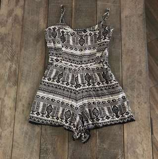 FACTORIE PLAYSUIT | Size small