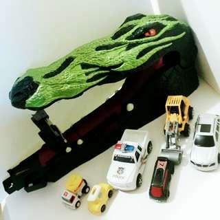 風火輪勇闖鱷魚潭加一堆車