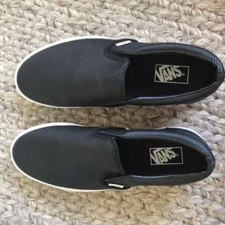 Vans Slip On Shoes in Black and White Leather Size US 11