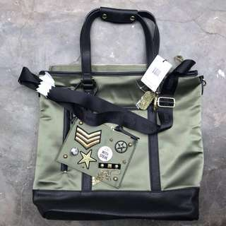 BNWT Authentic Steve Madden Olive Baria