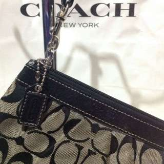 Coach authentic