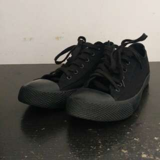 Sepatu Airwalk all black