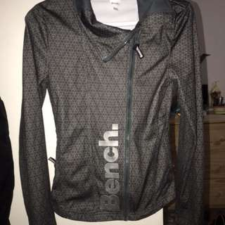 Bench light weight jacket