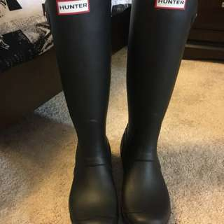 Hunter boots authentic size 7