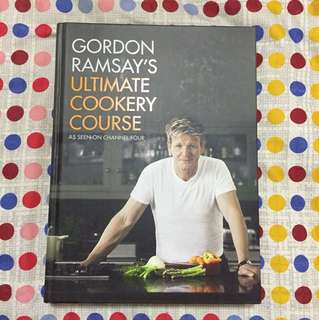 Gordon Ramsay ultimate cookery course book