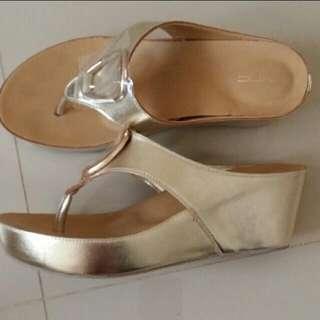Sandal Wedges Vincci