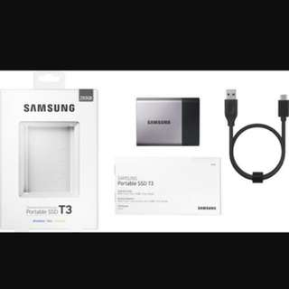 Brand New Samsung 250GB portable SSD for Windows//Mac/Android (sealed)