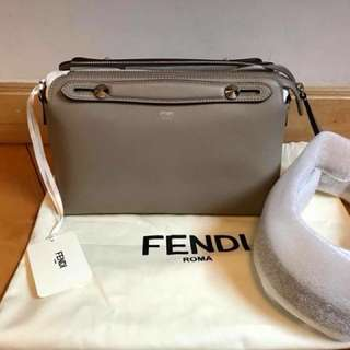 Fendi 大象灰色 Grey Small By The Way (28cm)