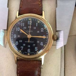 Vintage Timex 'great britain' manual winding.'boy size' nice 4 ladies.