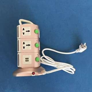 萬能插蘇 內地用本地三腳插頭 Multi sockets