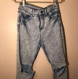Acid washed skinny jeans