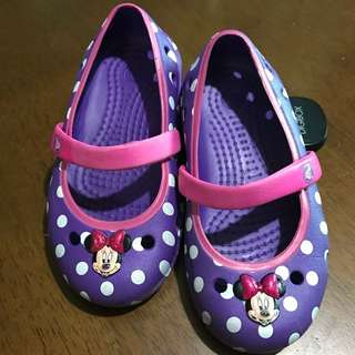 Authentic Minnie mouse crocs repriced!!! 400 to 350php