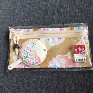 Japanese mini make up pouch with mirror
