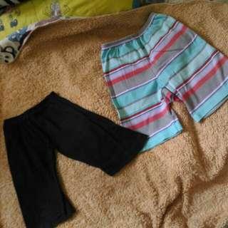 Kulot hitam dan celana santai