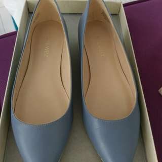 Nine west almost new flat shoes