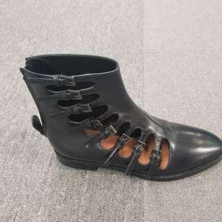 ALAIA Paris 連卡佛平底鞋