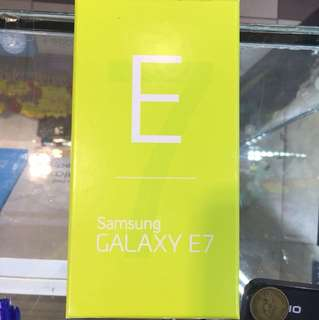 新Samsung E7