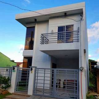3-br Fully Furnished RFO House and Lot for Sale