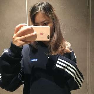 🚚 Adidas 大學T