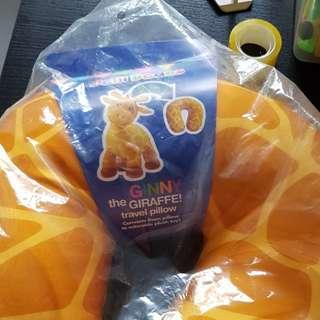 ginny travel giraffe toy pillow