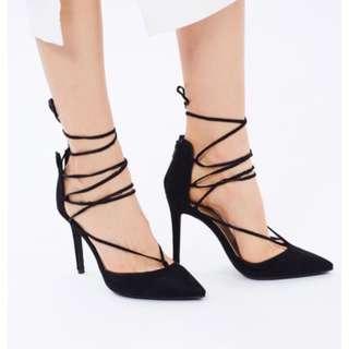 Women's black heels size 8