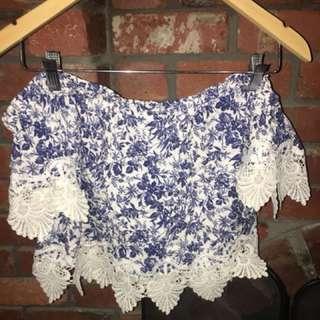 Floral lace crop