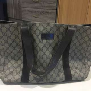 gucci medium tote bag