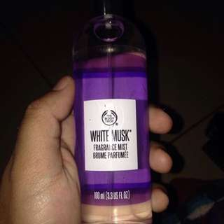The body shop reject ori White Musk Body Mist