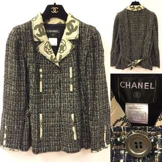 Chanel black and browb logo flowers jacket size 40