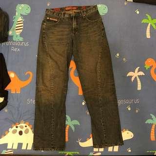 🚚 SAMUEL&KEVIN 牛仔褲