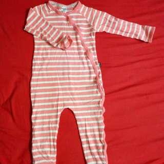 Preloved bonds sleepsuit