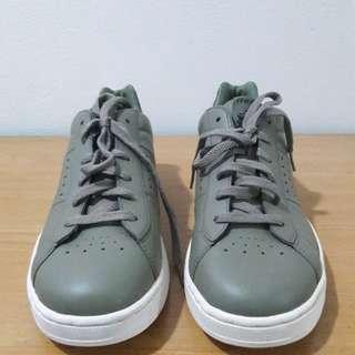 Reprice Reebok Ijo Army Sneakers Ori