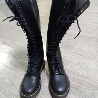 全新黑色漆皮 Dr.Mar Boot