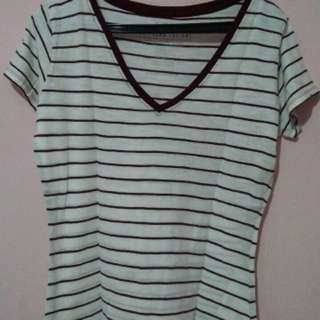 V-Neck Shirt from Cotton On