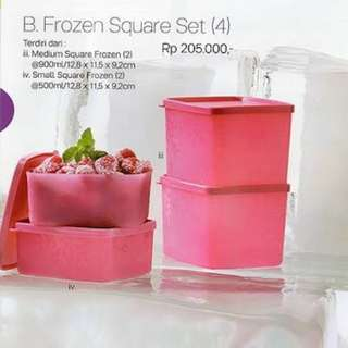 Toples tuppy