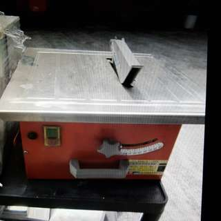 Mini table saw - diamond wheel