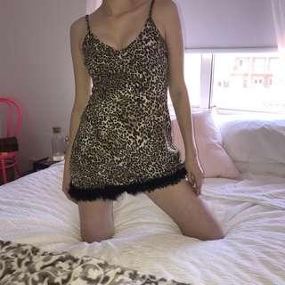 Leopard Dress w/ Fluffy Hem