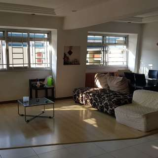 Pasir Ris 5 Rooms Corner Flat for sale