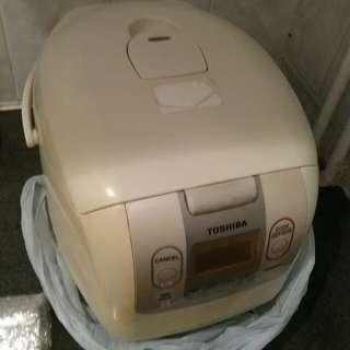 Toshiba 電飯煲 rice cooker