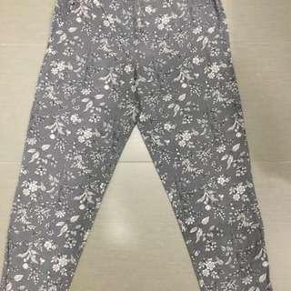 Gap pants (straight cut)