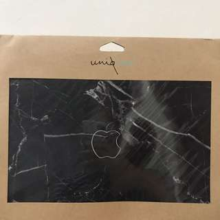 "Black Marble Macbook 11"" Skin + Clear Case"
