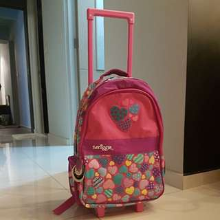 Smiggle backpack with lighted wheels