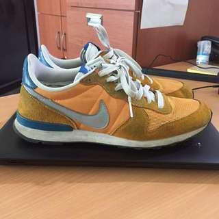Nike Internationalist size 42 (26.5 cm)